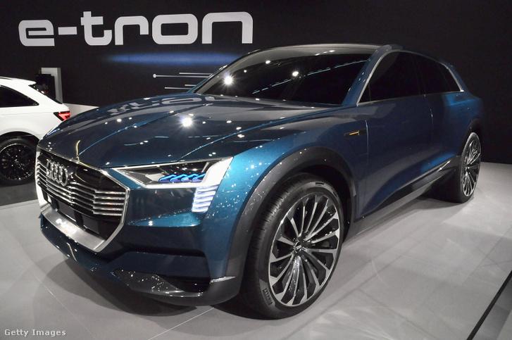 Ilyen Audi e-tron típusú autót vett tavaly az államfői hivatal