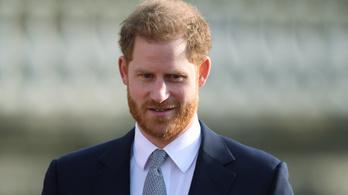 Harry herceg megérkezett Kanadába