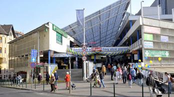 Döglődik a Fény utcai piac, az ellenzéki polgármester akár irodákat is el tud képzelni a helyén