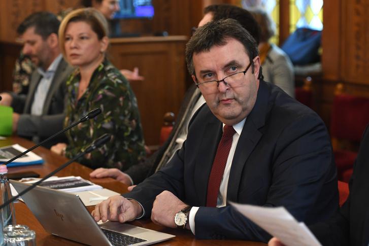 Palkovics László innovációs és technológiai miniszter az Országgyűlés fenntartható fejlődés bizottságának ülésén 2020. január 21-én.