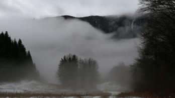Országszerte tartós, sűrű köd veszélye miatt figyelmeztetnek