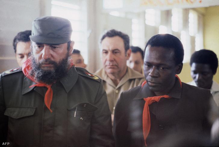 Fidel Castro és Eduardo dos Santos 1980-ban