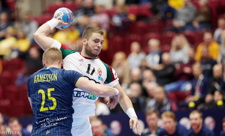 Nagy Bence és a svéd Linus Arnesson (balra) a Magyarország-Svédország keddi mérkőzésen