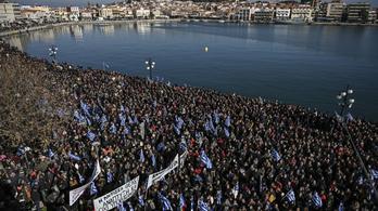Három görög szigeten általános sztrájk kezdődött a menekülthelyzet miatt