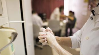 Egyre többen mennek orvoshoz influenzaszerű tünetekkel
