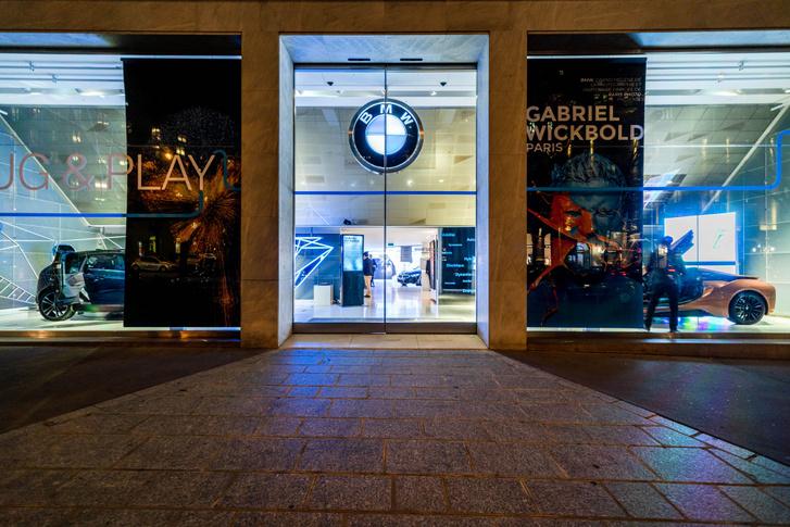 BMW-Brand-Store-George-V- EXPO-PHOTO-Gabriel-Wickbold- 7 11 19 W