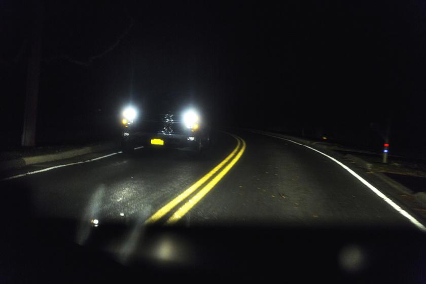 reflektor-távolsági-fényszóró
