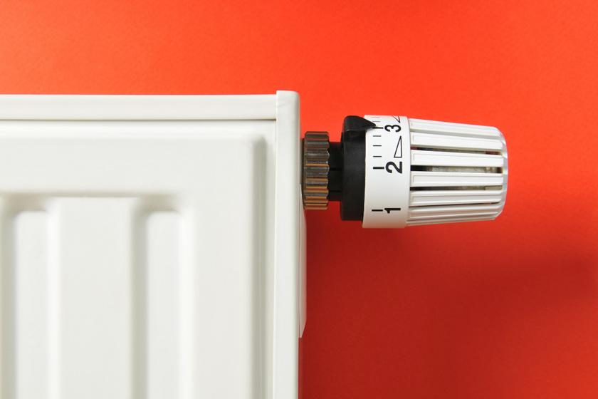 350 ezer forintot kaphatunk lakásonként a radiátorcserére: március 31-ig jelentkezhetnek a társasházak