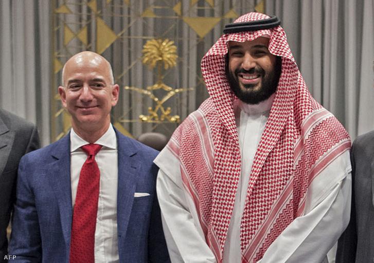 Jeff Bezos és a szaúdi koronaherceg 2016-ban
