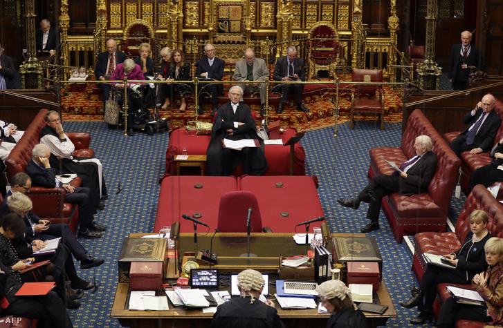 Az angol lordok házában beszélnek a brexit tervezetről 2020. január 21-én Londonban