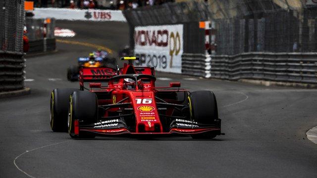 Több pályán is a Ferrari sztárjáról neveznek el tribünöket