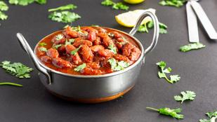 Gyors és egészséges vörösbabcurry – hússal és anélkül is sikere lesz