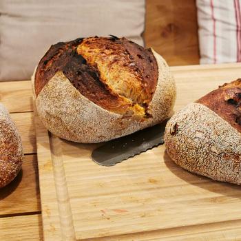 Vadkovásszal készült, adalékmentes kenyerek szívvel-lélekkel - Megnyílt a második Bake My Day Pékség