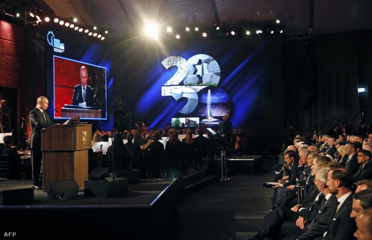 Vlagyimir Putyin beszél a mai Holokauszt Világfórumon