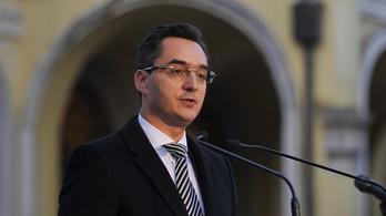Debrecen polgármestere örömmel fogadja a Természettudományi Múzeumot
