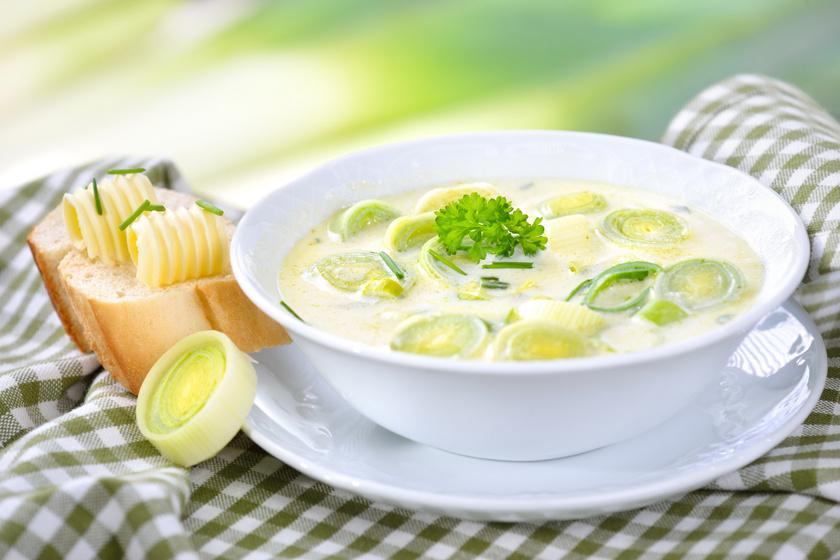 Forró sajtos póréhagyma-krémleves: 30 perc alatt kész