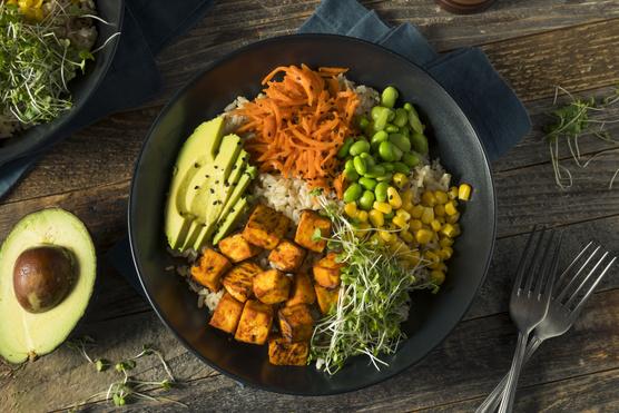 Nyugodtan add hozzá kedvenc zöldségeid.