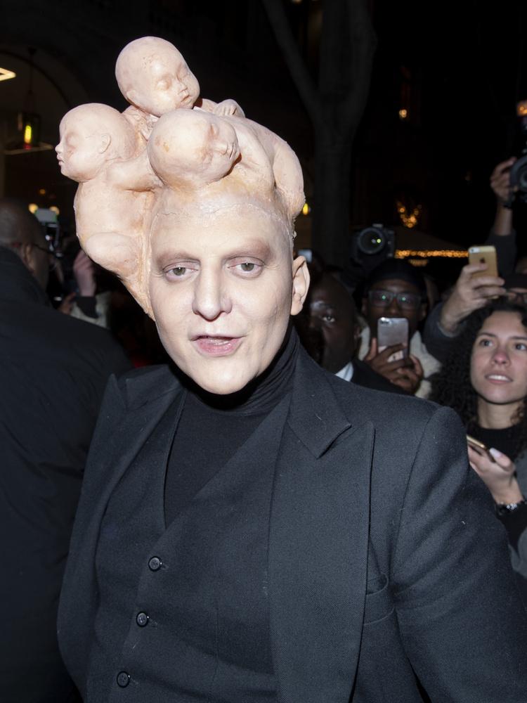 Látványos show-al intett búcsút az iparágnak Jean-Paul Gaultier
