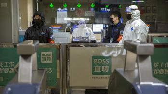 Koronavírus: csak Kínában ezrek fertőződhettek, az USA evakuálni készül a lezárt Vuhanból