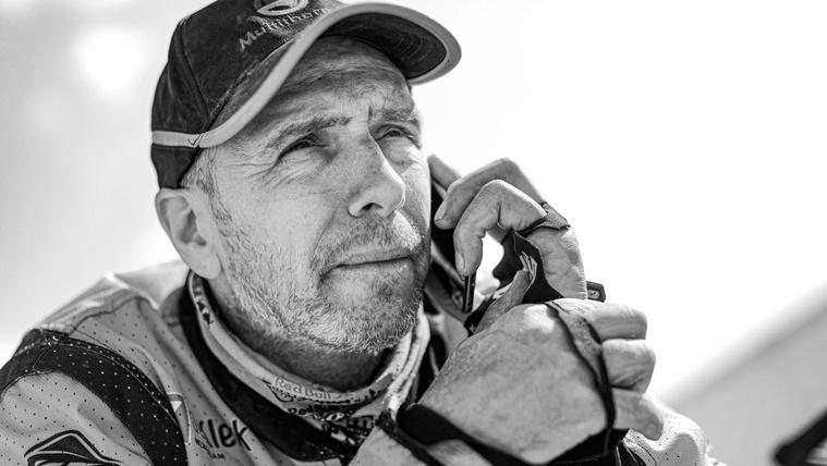 Belehalt sérüléseibe a Dakaron bukott Edwin Straver