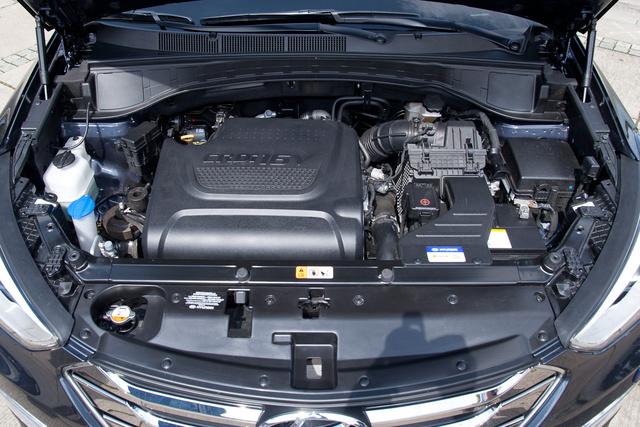 Milyen lehet a 2,2-es motor, ha már a kétliteres ennyire zseniális?