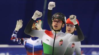 Liu Shaolin Sándor arany-, Liu Shaoang ezüstérmes a rövidpályás gyorskorcsolya-Eb-n