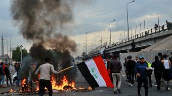 Az iraki biztonsági erők megrohamozták a tüntetőket, többen meghaltak