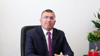Ipari kamera előtt kokainozott az okos albán polgármester