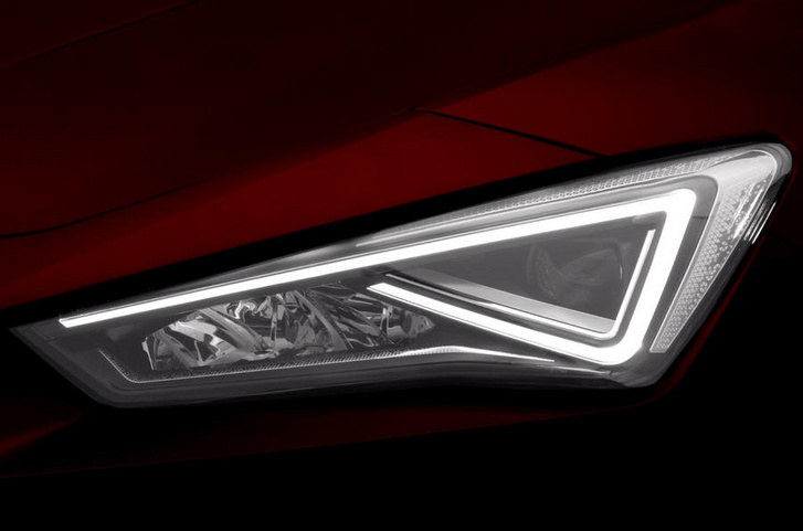 seat-leon-teaser-headlight