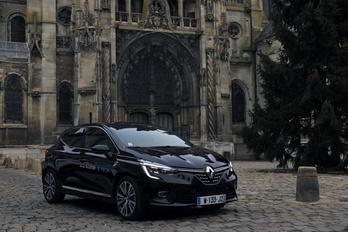 Új utat jár a Clio hibridje, csak aztán jó-e?
