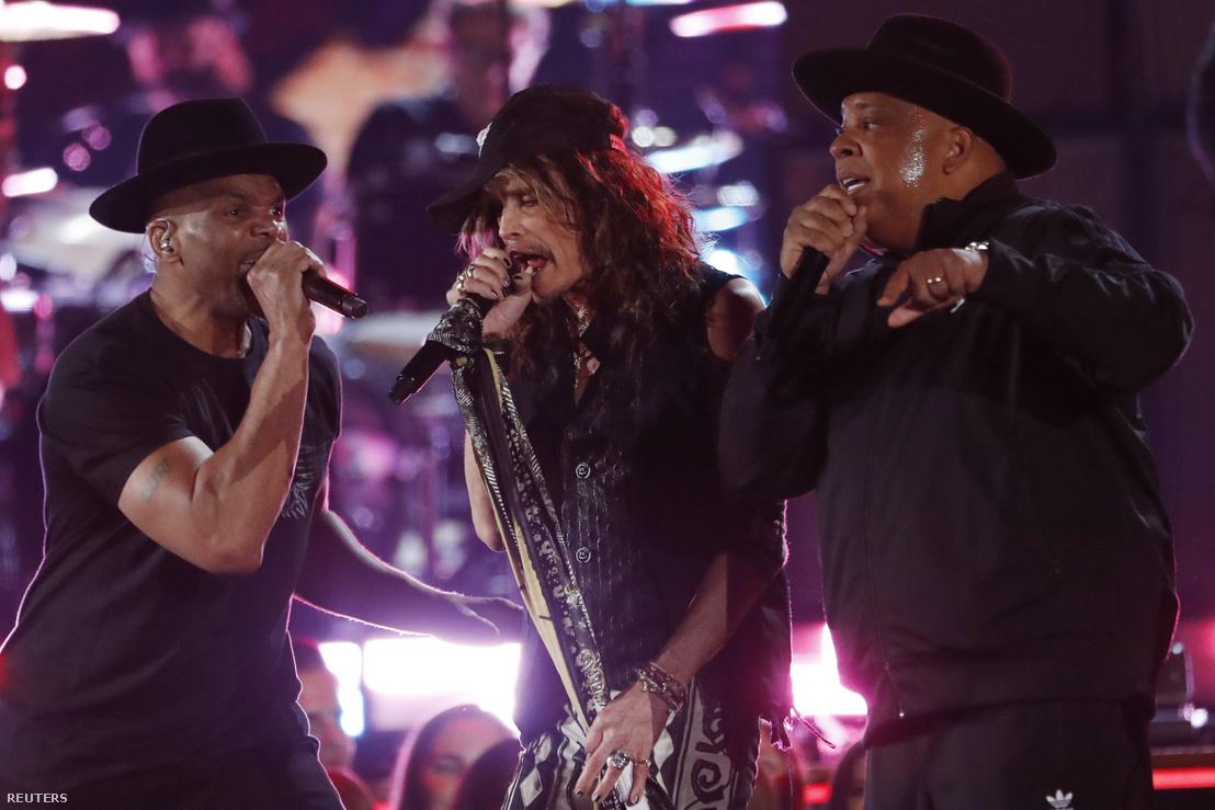 Steven Tyler és a Run-D.M.C. a 62. Grammy Awards díjátadón