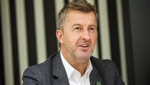 Drága alvállalkozókról, képzetlen ukránokról beszélt a Market-vezér
