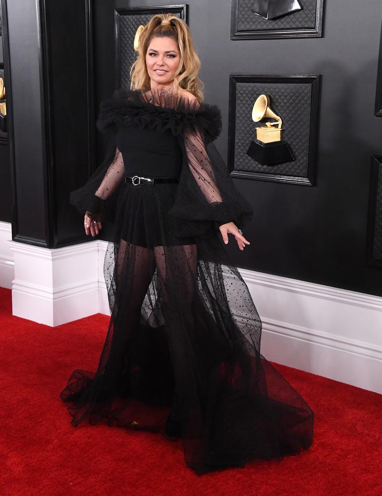 Igaz,azóta is otthonosan mozog a vörös szőnyegen, az idei Grammyt sem hagyta ki