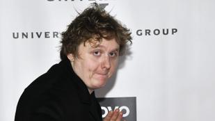 A Grammy egyik jelöltjét statisztának nézték a díjátadón
