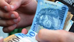 Sosem volt még ilyen gyenge a forint az euróhoz képest