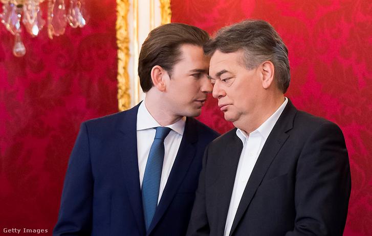 Sebastian Kurz (ÖVP) és Werner Kogler alelnök kancellár (Zöld Párt) a Zöldek és Konzervatívok új osztrák kormány eskütételi ünnepségen, Hofburgban, 2020. január 7-én