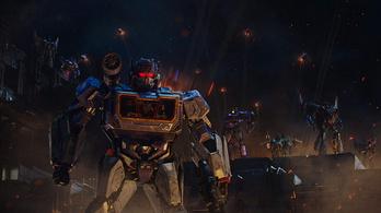 Két filmben is visszatérnek a Transformersek
