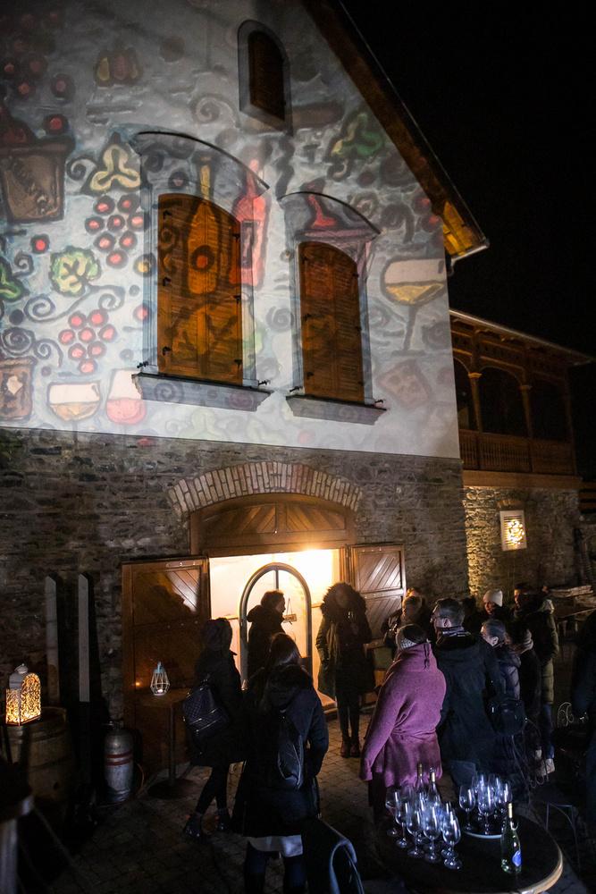 Kirándulásunk utolsó állomása pedig az Istvándy Birtok és Borműhely volt, ahol zenés esttel is vártak minket.