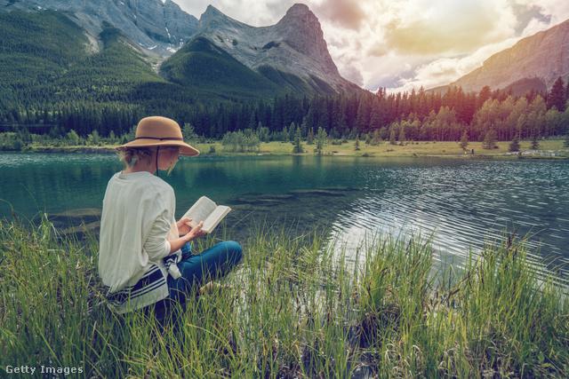 Az olvasás mára magányos tevékenységgé vált