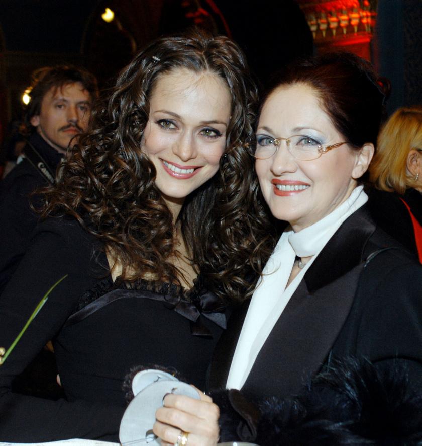Kállay Bori és Fonyó Barbara 2005-ben Az operaház fantomja című film magyarországi bemutatóján.