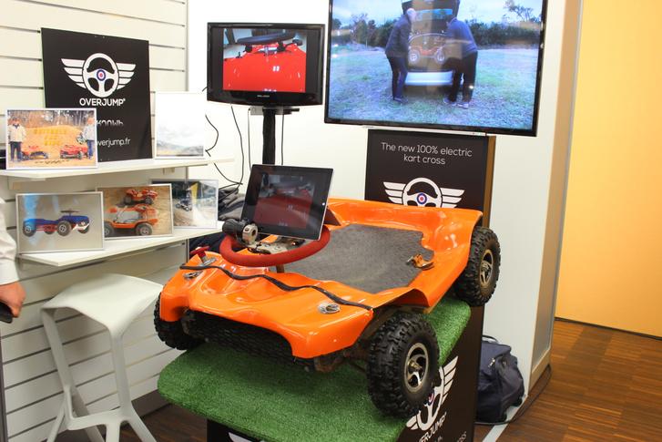 Jópofa ötlet a merev futóműves, törökülésben vezethető terepgokart, de vannak fenntartásaim