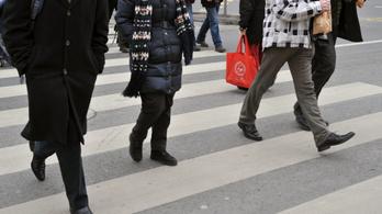 Négyből három halálos baleset fényjelzés nélküli zebrán történik