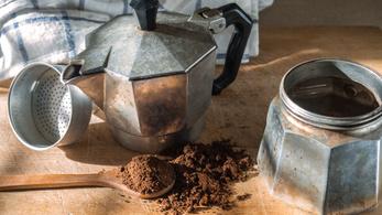 Matematikusok bizonyították, hogy mindenki rosszul főzi a kávét