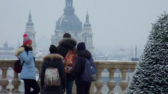 Máris megérzi a hazai turizmus a koronavírust