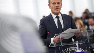 A Néppárt nem dönt február elején a Fidesz sorsáról, marad a felfüggesztés