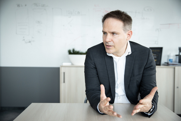 Holló Bence, ügyvezető - Cofidis Magyarországi Fióktelep