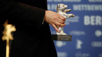 Alfred Bauer náci múltja miatt felfüggesztették az Ezüst Medve díjat