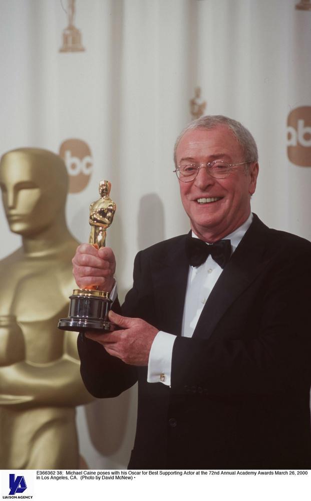 Michael Caine az Árvák hercegében alakított akkorát, hogy egy Oscar-díjat dobták utána