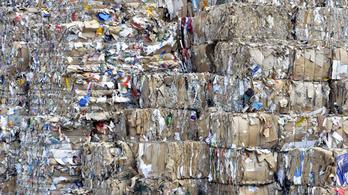 Ingyen sem kell az újrahasznosítható papír, elégetjük