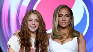 Jennifer Lopez szexi kisugárzása mellett Shakirának alaposan össze kell szednie magát